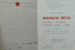 1985_KRALUPY_BUDOVATEL_MESTA_1985_04_22